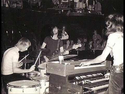 Trio Quatermass na scenie (1970).