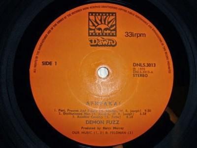 Label oryginalnego LP wytwórni Dawn Records.